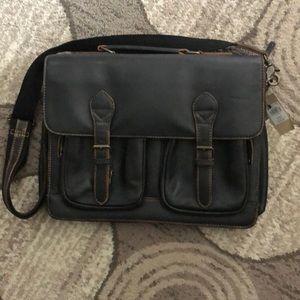 Wilson's Leather laptop bag